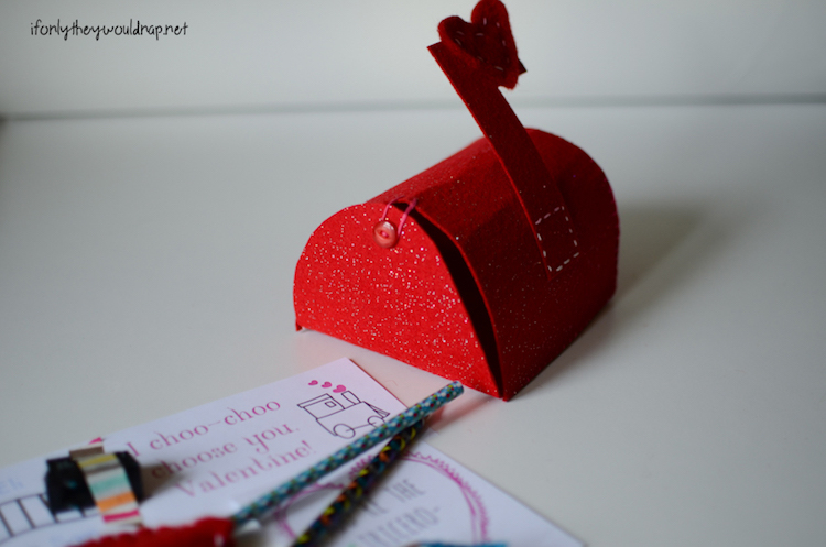 Cutest Valentine Mailbox